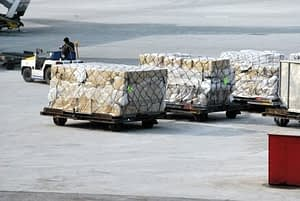 moving cargo packages